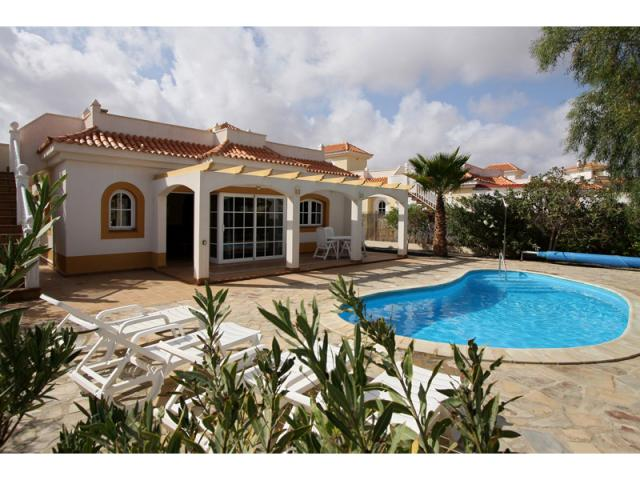 3 Bed Private Detached Golf Villa with Heated Pool